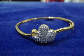 Bharatnatyam Jewellers, Satellite