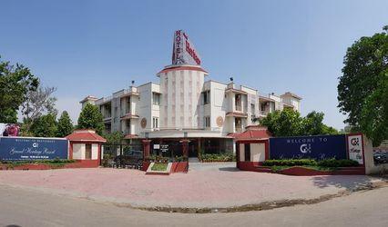 Grand Heritage Resort, Sector 20, Noida