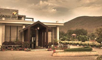 Golden Leaf Resort