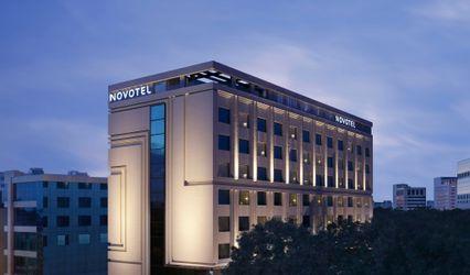 Novotel Chennai Chamiers Road Hotel