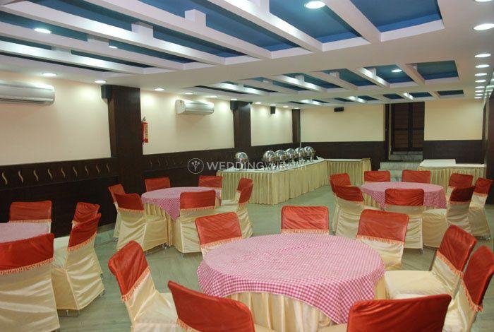 Hotel Crown Royale, Dehradun