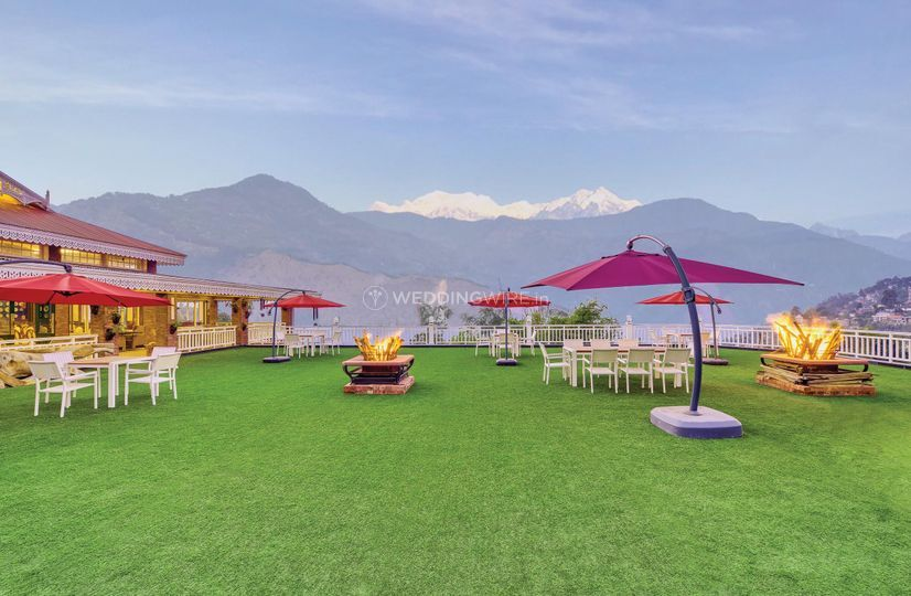 MAYFAIR Himalayan Spa Resort