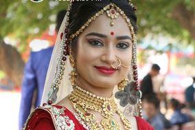 Roop Nikhar Beauty Parlour, Agra