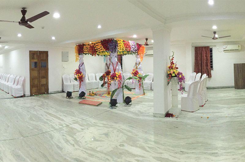 Hotel Vinayak Inn, Siliguri
