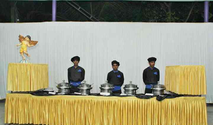 Surinder Catering Services, Pune