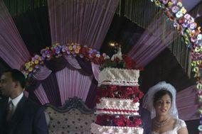 Wedding, Christmas or Anniversary cake Specialist
