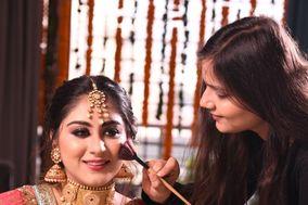 Isha Kapoor Makeup Artist