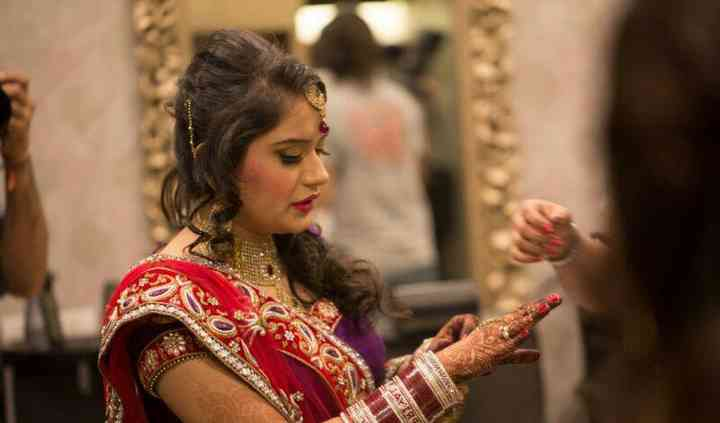 Sindhu Batra Femme Salon