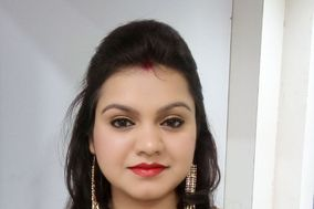 Janhavi Makeup Studio
