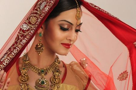 How to be a Glamorous Bride: Make-up and Styling Tips
