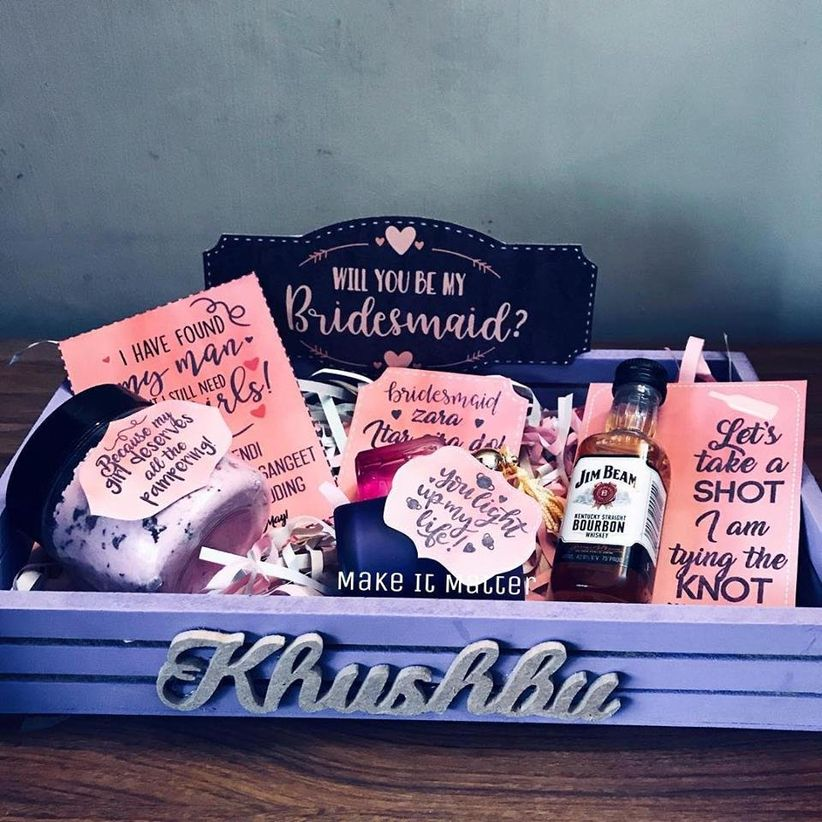 Check Out These Stunning Wedding Packing Ideas To Wrap Up All Gifts