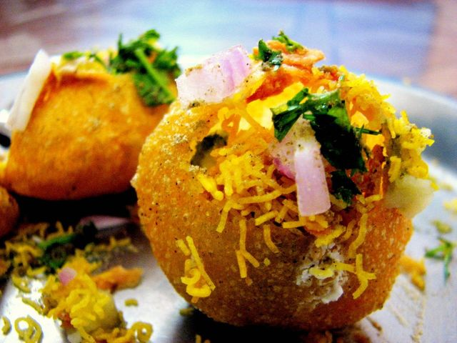 Wow! 4 Quirky Pani Puri Games To Spice Your Haldi and Bachelorette Parties