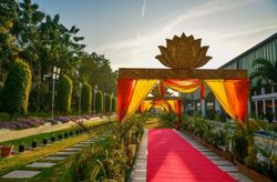 Most Popular Types of Wedding Venues - Pros and Cons