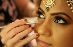 Tips for Hiring a Wedding Makeup Artist