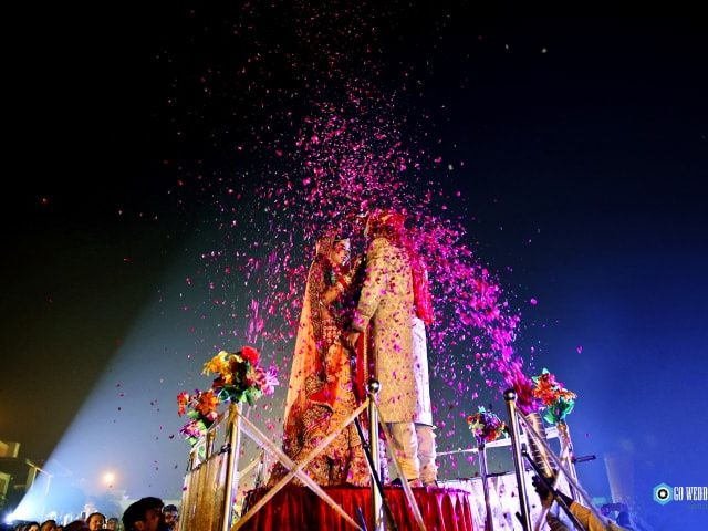 Jaimala Stage Ideas to Liven up Your Wedding Day