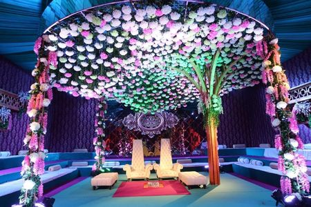 The Best Indian and International Flowers for Your Wedding