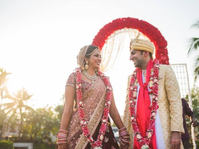 10 Varmala Songs That Perfectly Set the Mood for the Ceremony