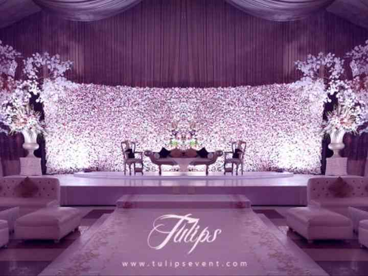 7 Stunning Flower Wall Decor Styles That Raise the Bar for