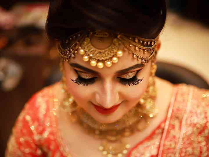 Choosing Your Bridal Makeup Package? Here