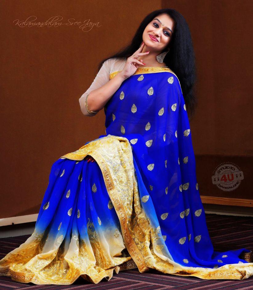 Decent Saree Blouse Designs