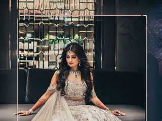 Beautiful Bridal Lehenga Designs by Manish Malhotra: Why You Need One