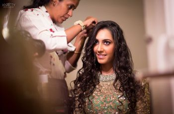 Hallelujah! 13 Hairstyles for Curly Hair Which Transform Your Curls into a Bridal Crown