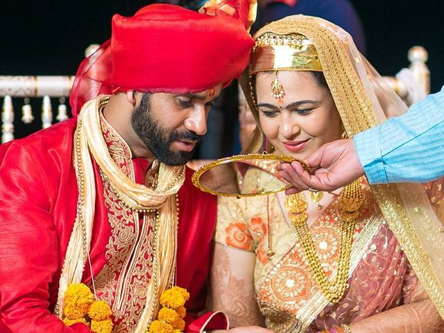 15 Traditions of a Kashmiri Pandit Wedding That Make It an Unforgettable Affair