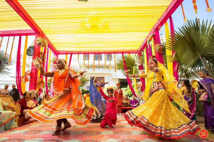 Hindu Wedding Gift Ideas: Traditional Indian Wedding Gifts Common Across Different