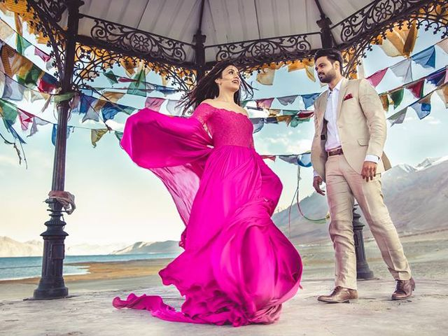 Pre-Wedding Shoot Dresses: 5 Outfits Worth The Click
