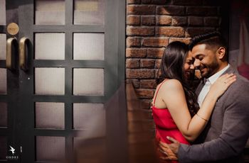 5 Pre-Wedding Shoot Outfit Tips That Will Help You Find the Right One