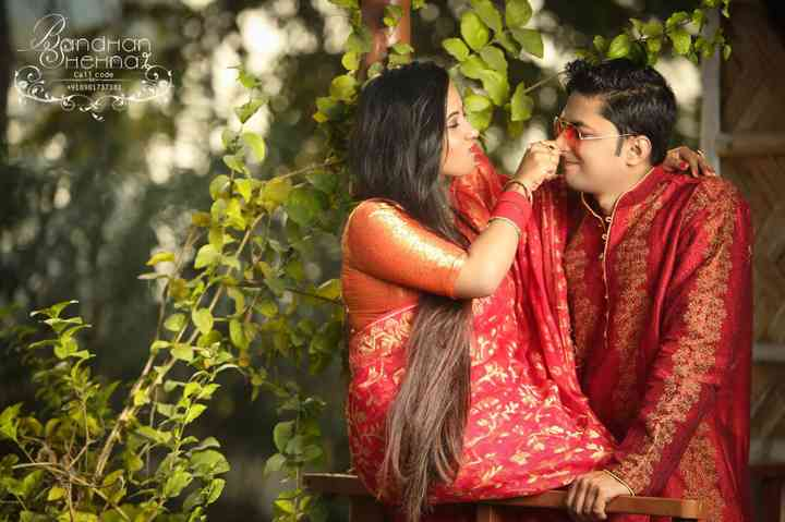 Bong Romance Get Inspired From These Adorable Bengali Couple Photos And Add A Dose Of Bong Love To Your Own Couple photoshoot poses saree photoshoot photoshoot ideas. adorable bengali couple photos