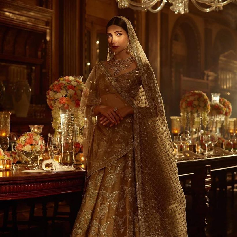Ways To Rock The Crop Top And Skirt For Indian Wedding