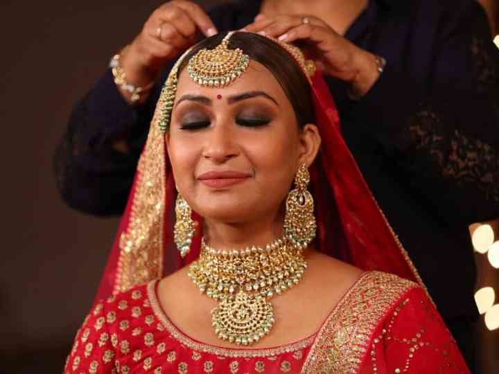 10 Jaw-Dropping Gold Kundan Necklace Ideas for Your Sangeet and Wedding