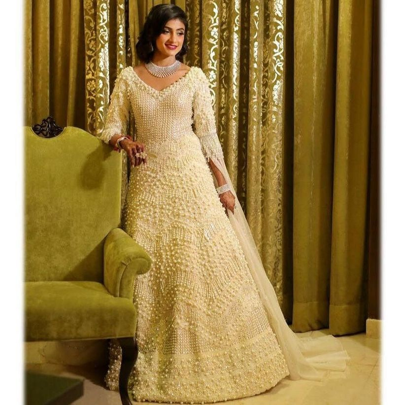 90d3c6d3858a 8 Styles That Work Well With Indian Evening Gowns for Wedding Reception