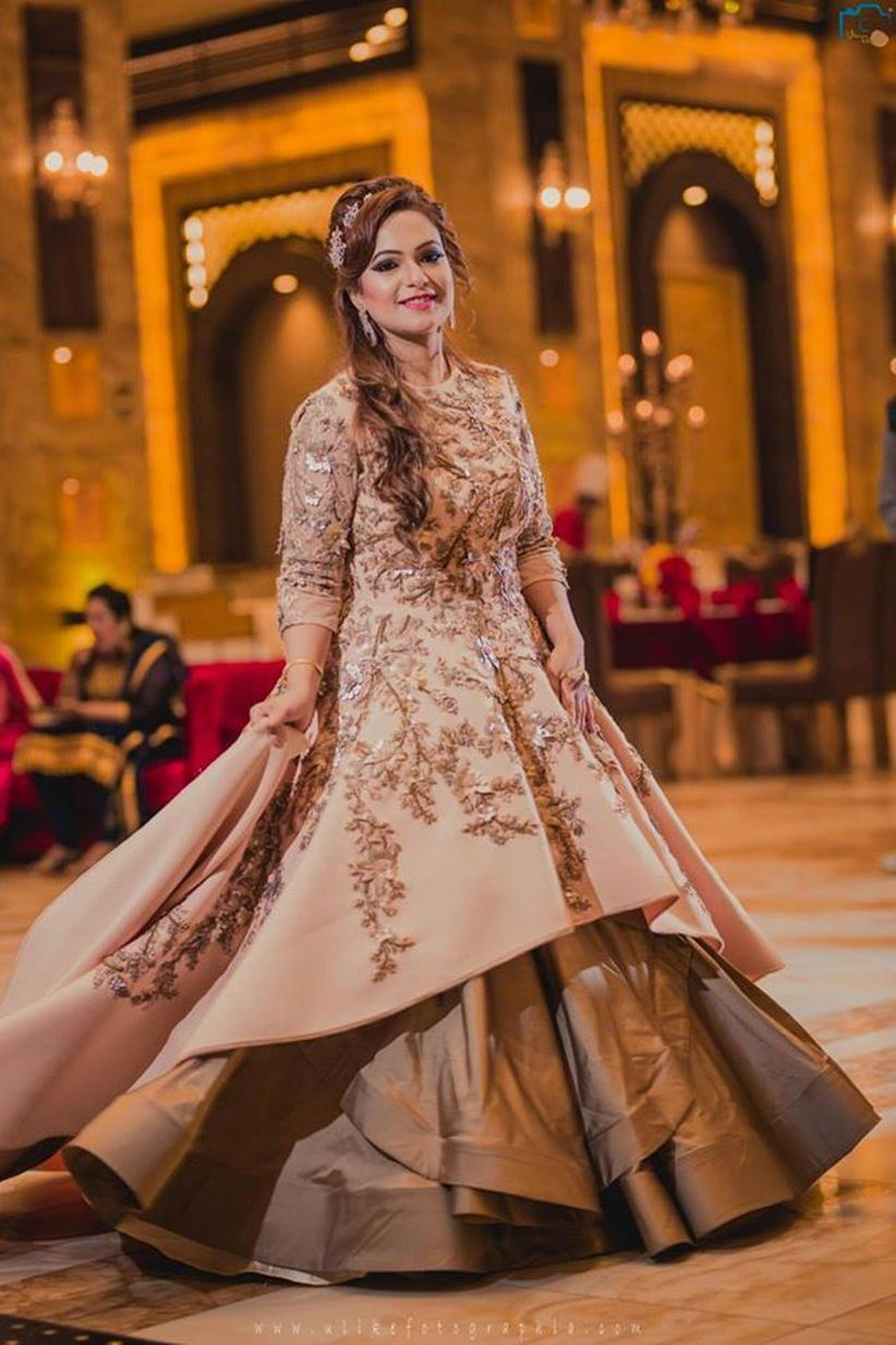 c150025ee36 8 Styles That Work Well With Indian Evening Gowns for Wedding Reception