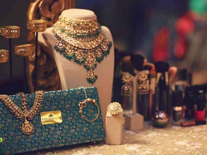 Sparkle Time! a Whole New Guide to the Jewellery Shops in Mumbai for That Perfect Glitz