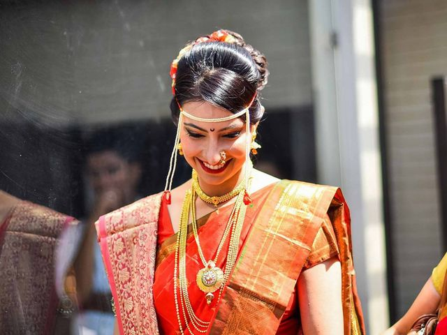 Add Marathi Bridal Jewellery to Your Trousseau for That Extra Bling and Glitz