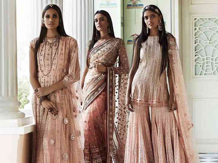 5 Peach Colour Combination Suits For All Your Bridesmaids