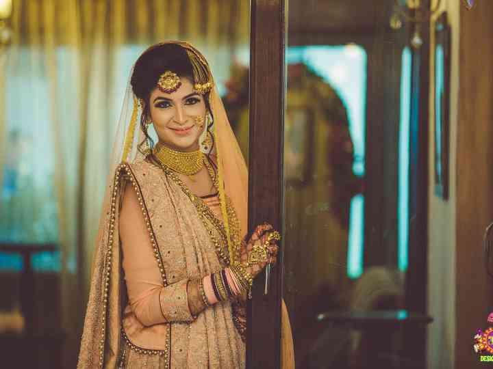 Know All About Gifting Silk Bangles as Wedding Favours with This Handy Guide