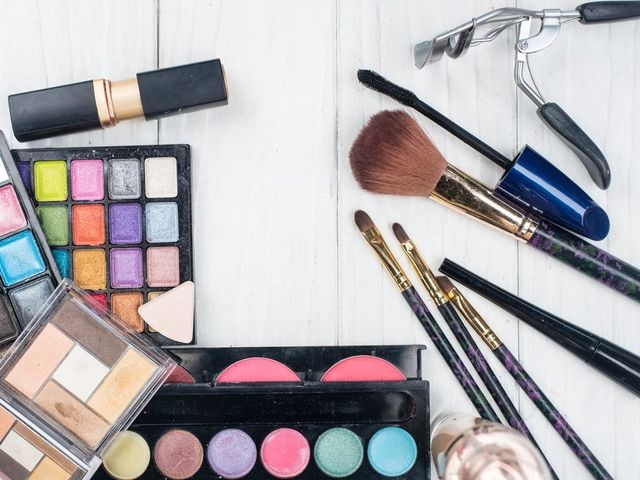 Checklist of the Arsenal to Have in Your Bridal Makeup Kit