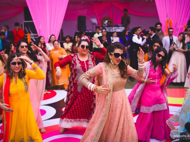 The Only Playlist of Shadi Songs You Need to Dance Away from Your Mehndi to Wedding Reception