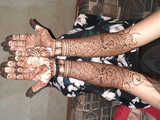 Crystal Mehndi Creations, Surat 5