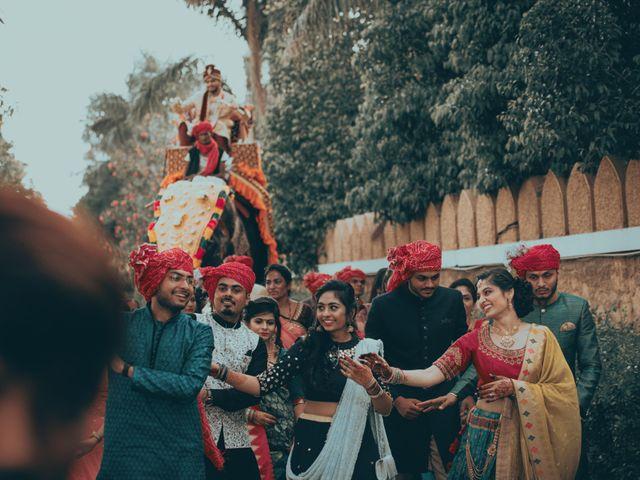 Nishtha and Nirmal's wedding in Rajkot, Gujarat 10