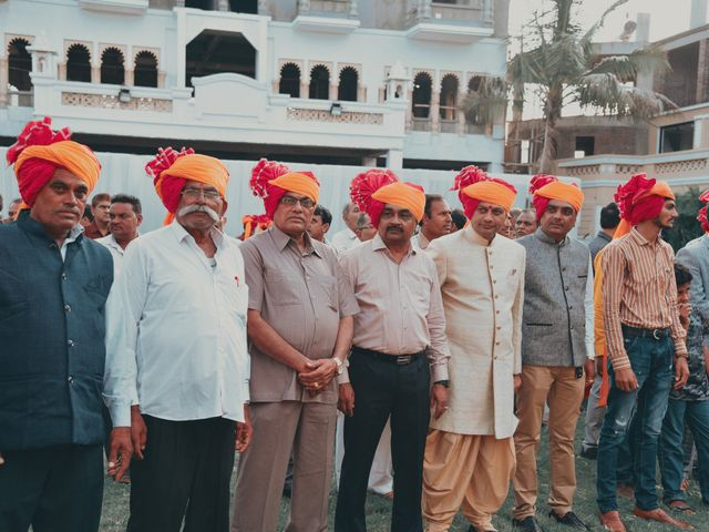 Nishtha and Nirmal's wedding in Rajkot, Gujarat 7