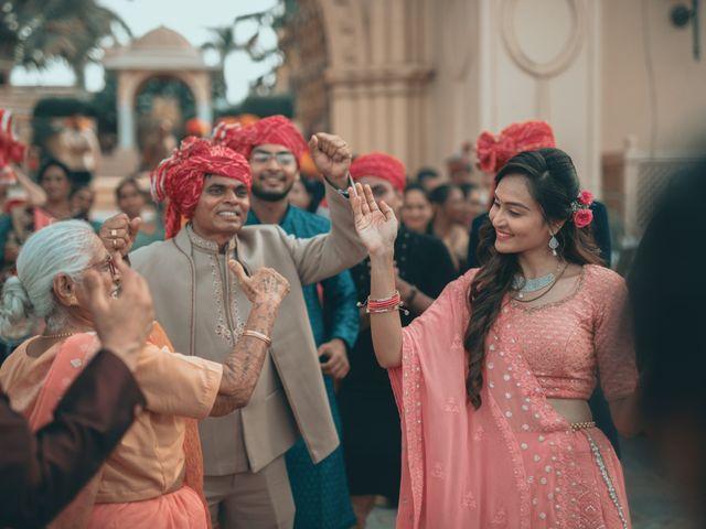 Nishtha and Nirmal's wedding in Rajkot, Gujarat 9