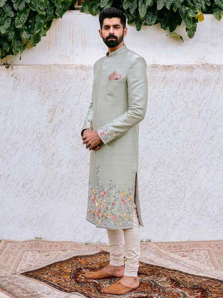 How is this attire going to look with baby pink turban? - 1