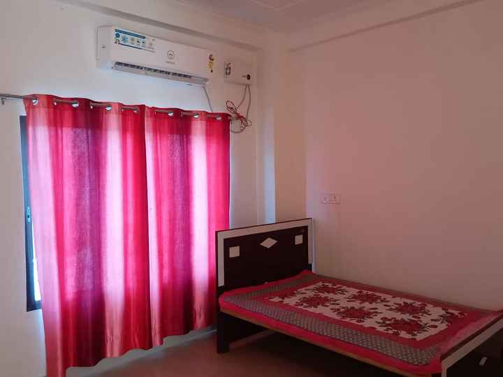 stadard size Ac rooms are also available