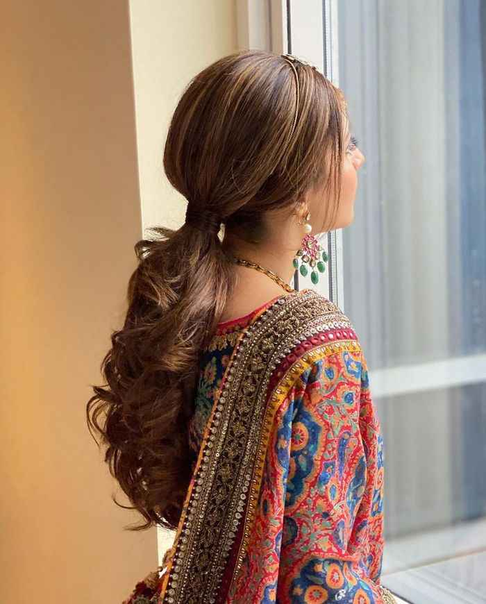 Looking for pony tail style - 1