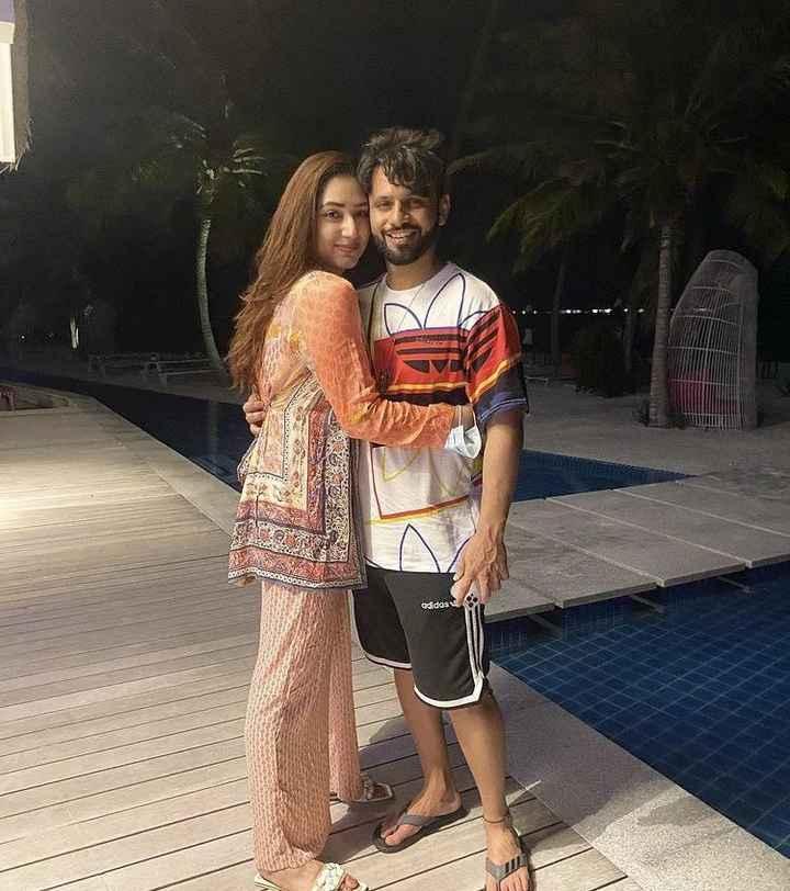 Rahul Vaidya and Disha Parmar are having the best time in Maldives! - 1