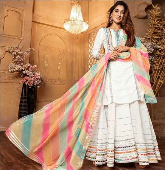 Is this a sharara or Lancha dress? - 1